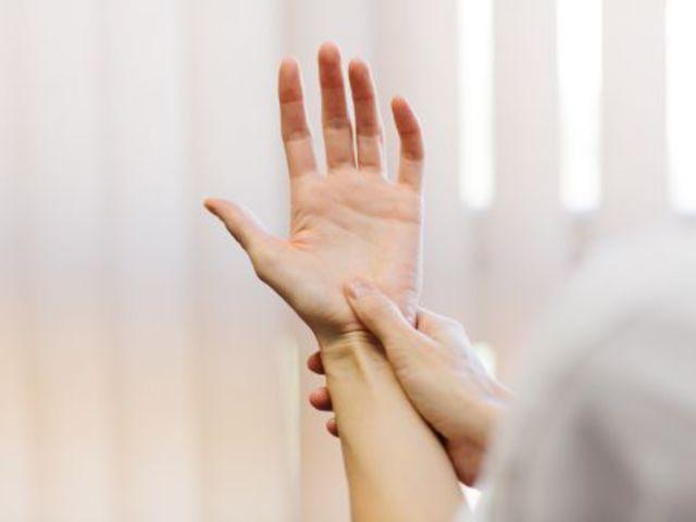 lábízület kezelése milyen kenőcs miért fáj az álló ízület