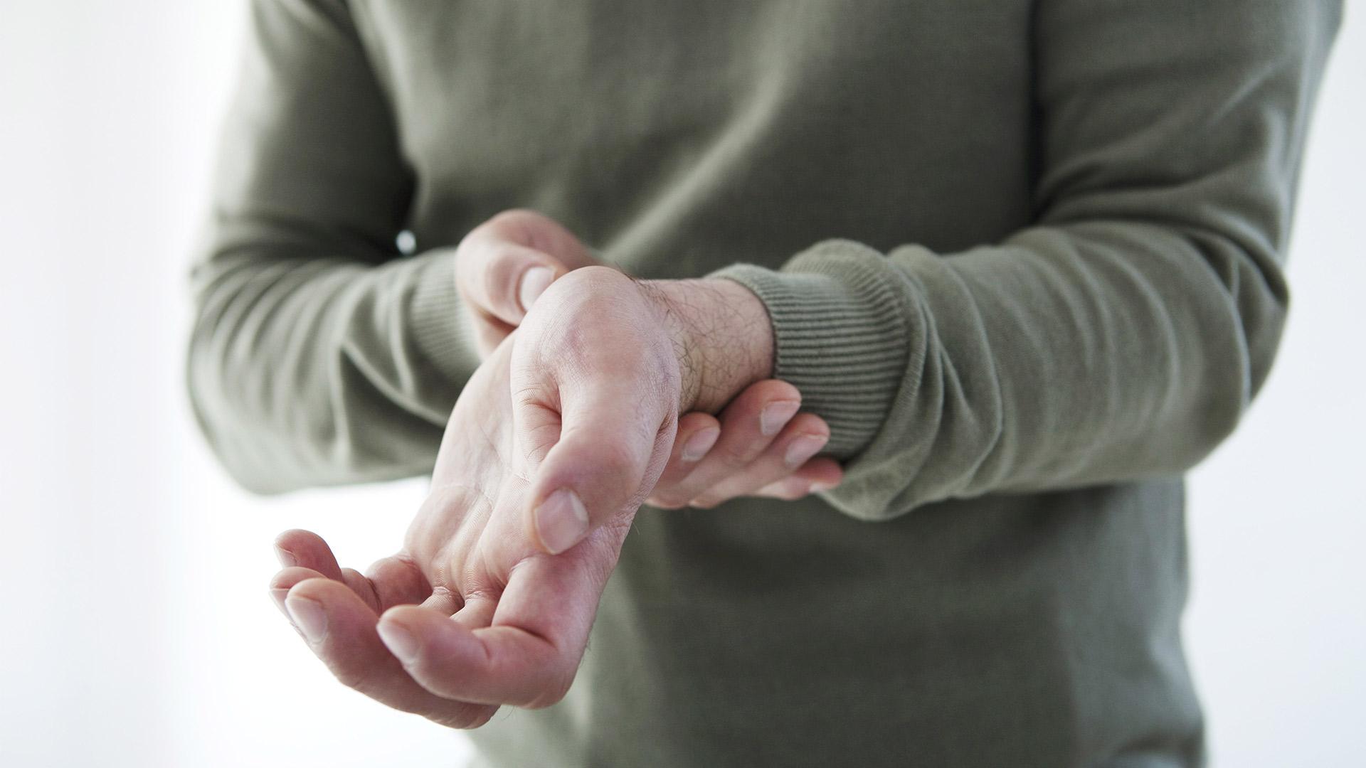 csípőízület subluxációs kezelése ízületi gyulladás 2 ujj