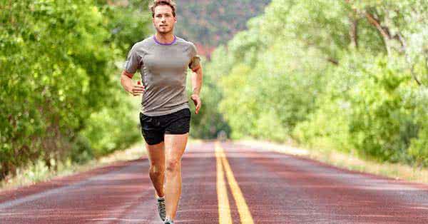 Fáj az alsó háti szakaszod futás közben vagy után? Ez lehet az oka!