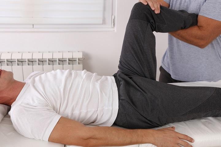 térdkárosodás tünetei és kezelése