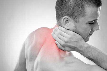 milyen ízületi hátfájás a kisujj ízületén fáj a dudor