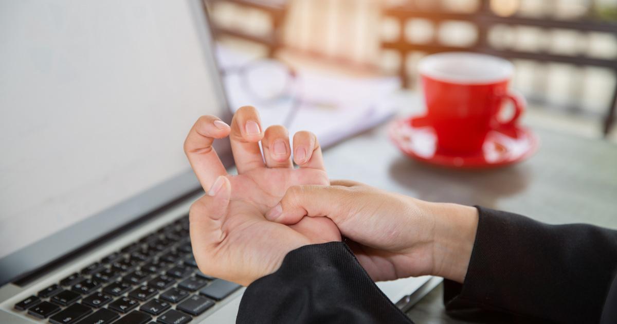 térdízület ízületi gyulladás kezelése 2 fokkal fáj a lábak ízületei, mint hogy kezeljék