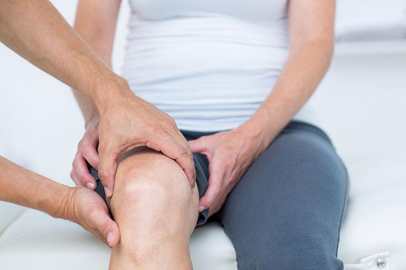 a térd fájdalmas kezelése
