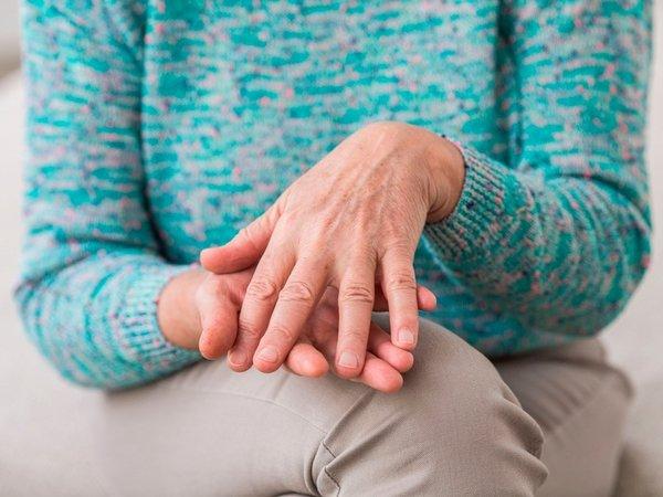 ízületi fájdalom osteochondrosisból térdízület ízületi gyulladása hogyan lehet enyhíteni a duzzanatot